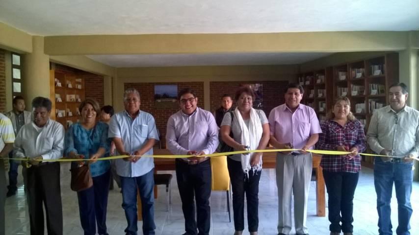 Inaugura alcalde de Totolac Biblioteca Digital de la UNAM en Zaragoza