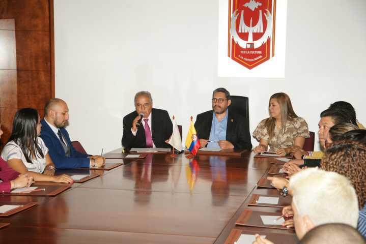 Ratifican colaboración institucional UATx y el CECAR de Colombia