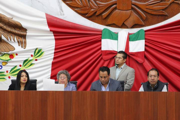 Turna Congreso Informe De Comisionados de la IAIP a la Comisión Instructora De Juicio Político