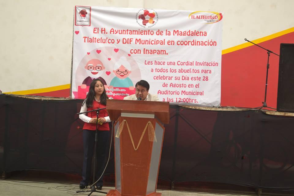 Alcalde reconoce el trabajo que realizaron los abuelitos para forjar este municipio