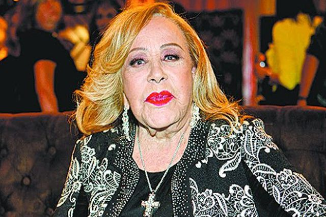 Hospitalizan de emergencia a Silvia Pinal por un problema en la vejiga