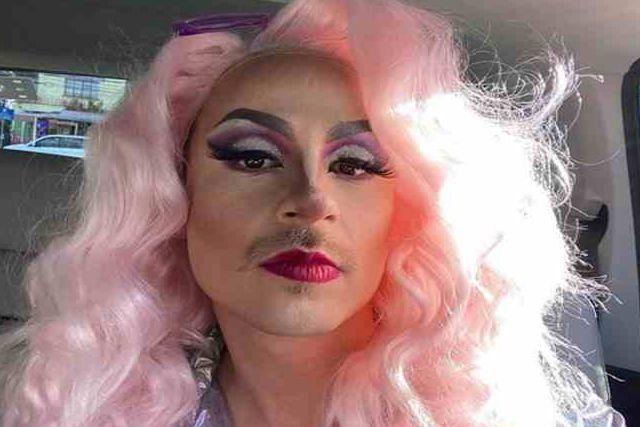 Causa polémica Luisito Comunica al vestirse como drag-queen