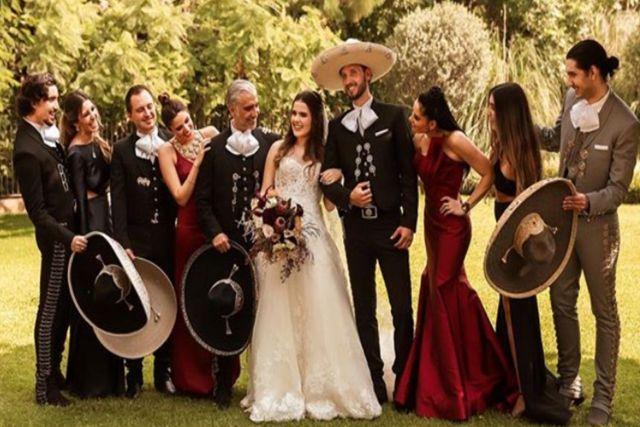 Hijo de Alejandro Fernández anuncia su compromiso con su novia tras 10 años juntos