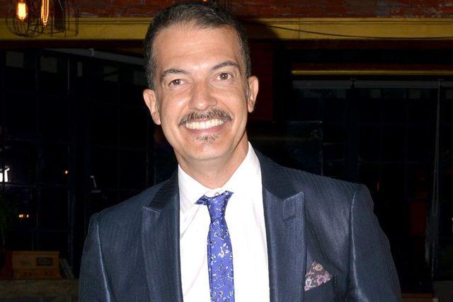 Critican a Fernando del Solar tras dudar de la efectividad de la Vacuna contra el Covid