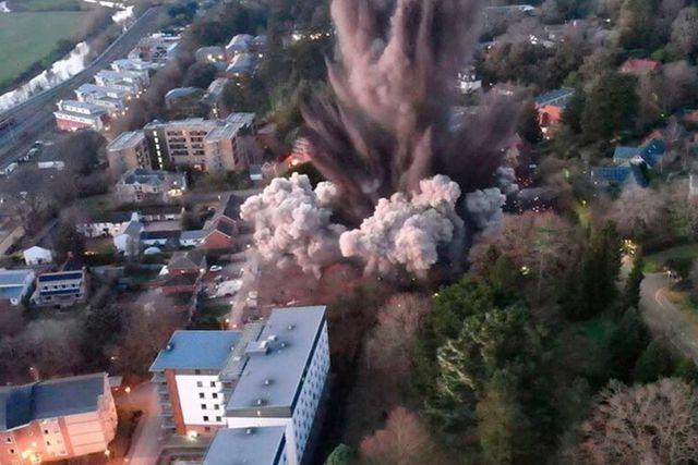 Reino Unido: Estalla bomba de la 2da. Guerra Mundial provocando fuertes daños