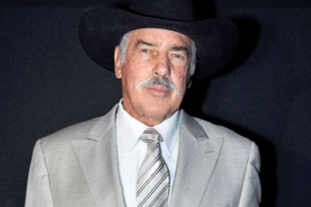Revela Andrés García que estuvo a punto de balearse con reconocido actor