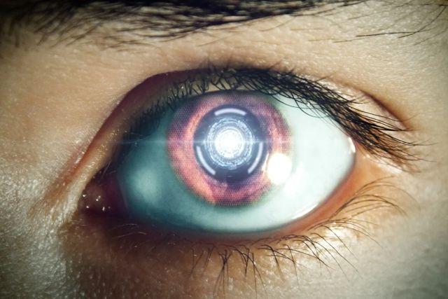 Mediante hilos de fibra óptica una persona recuperó la vista