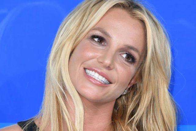 Britney Spears era obligada frente a sus guardias de seguridad y enfermeras a desnudarse