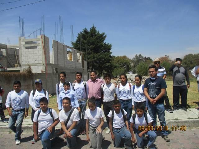 Ayuntamiento de San Pablo del Monte lleva a cabo limpieza de calle Ayuntamiento