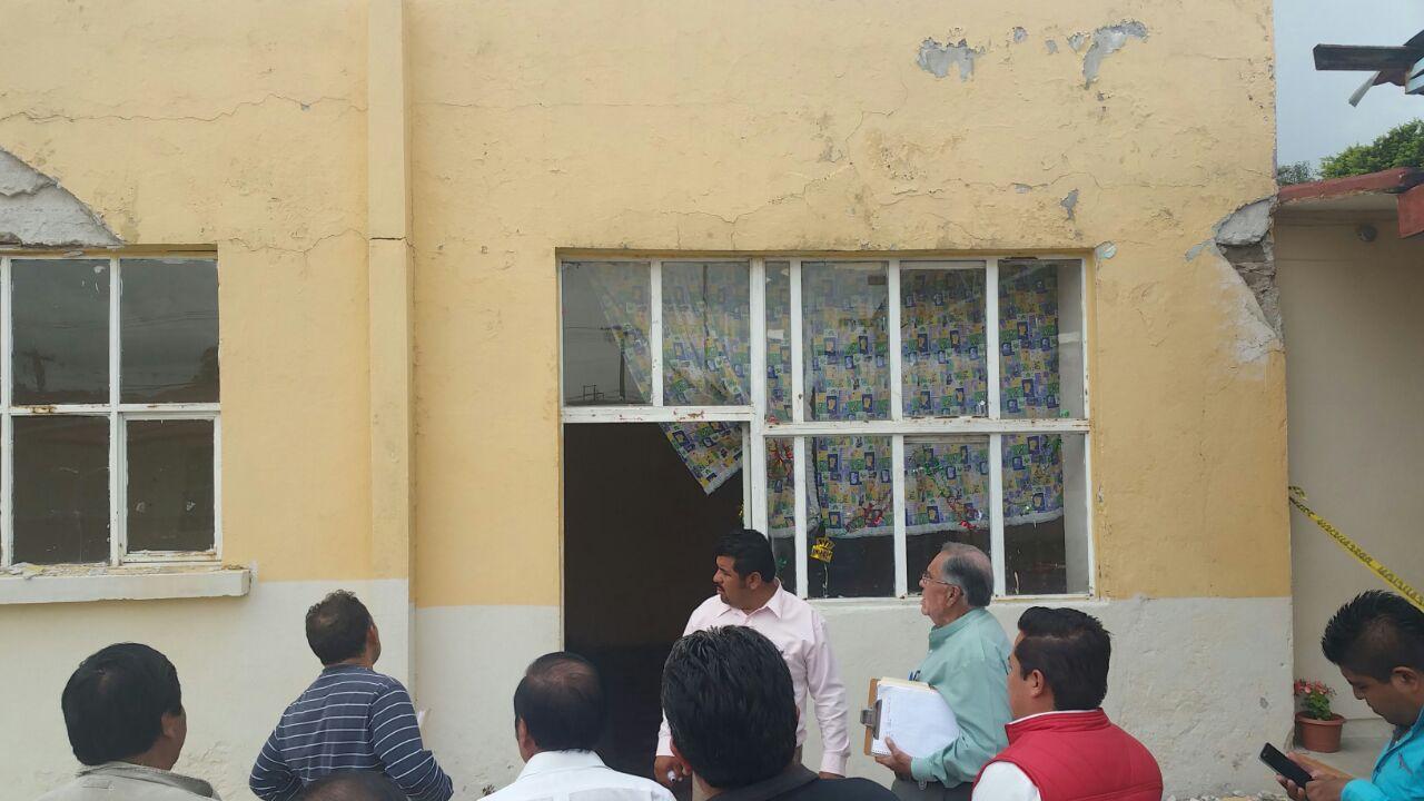 Autoridades estatales y municipales de Lardizábal revisan infraestructura de escuelas