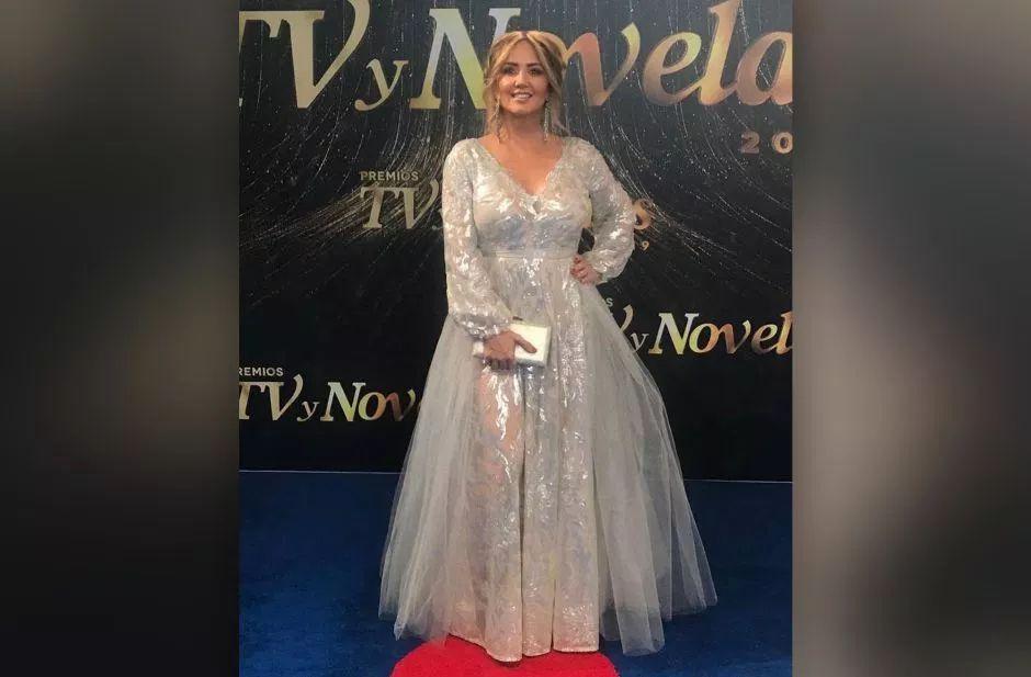 Critican vestido de Andrea Legarreta en los Premios TVyNovelas