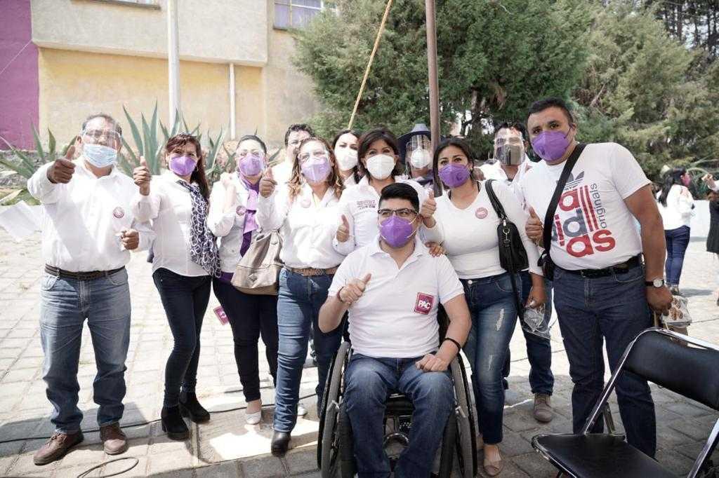Diferentes partidos reafirman su apoyo a Anabell Ávalos Zempoalteca
