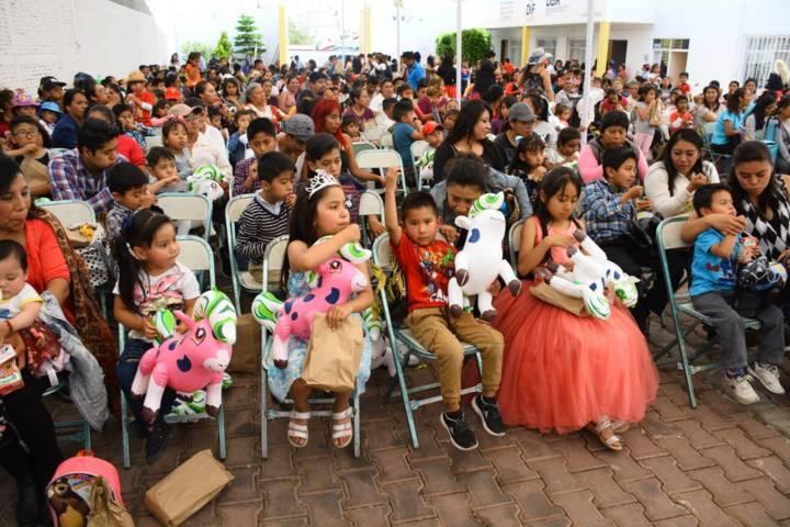Ayuntamiento y SMDIF Xicohtzinco festejaron a cientos de niños en su día