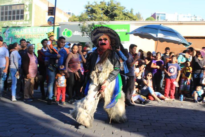 Xicohtzinco presente en el Desfile de Carnaval de Tlaxcala