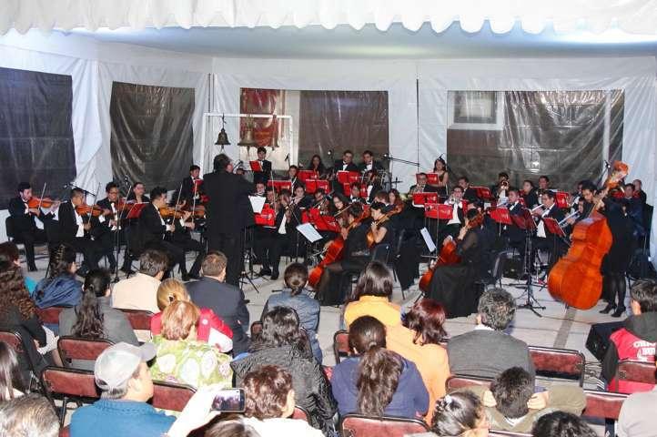 Ofreció concierto al aire libre Orquesta Sinfónica de la UAT