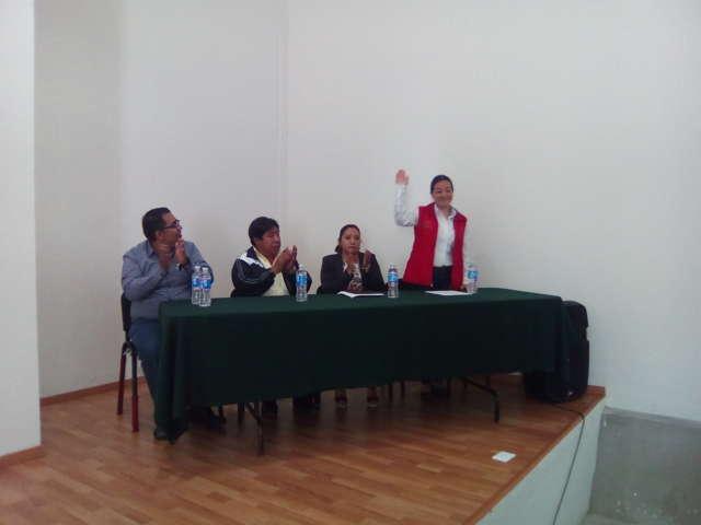 Visita la delegada de la STPS el municipio de Tetlanohcan