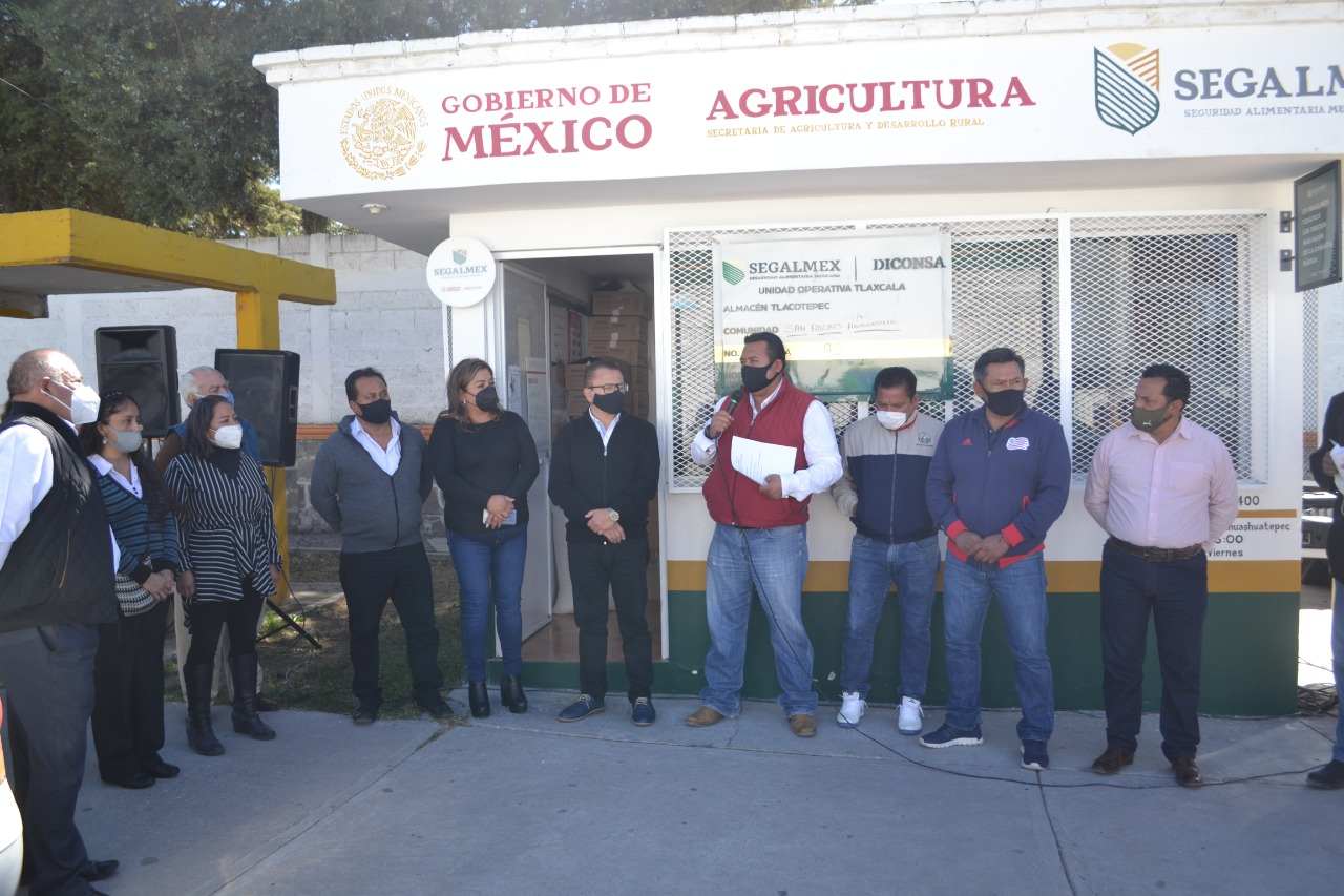 Gobierno de Tzompantepec apertura tienda diconsa en Ahuashuatepéc