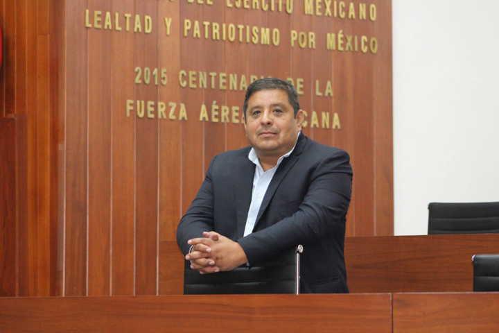 Pide Víctor Castro intensificar las medidas de protección ante el inicio de la fase 3 del Covid-19