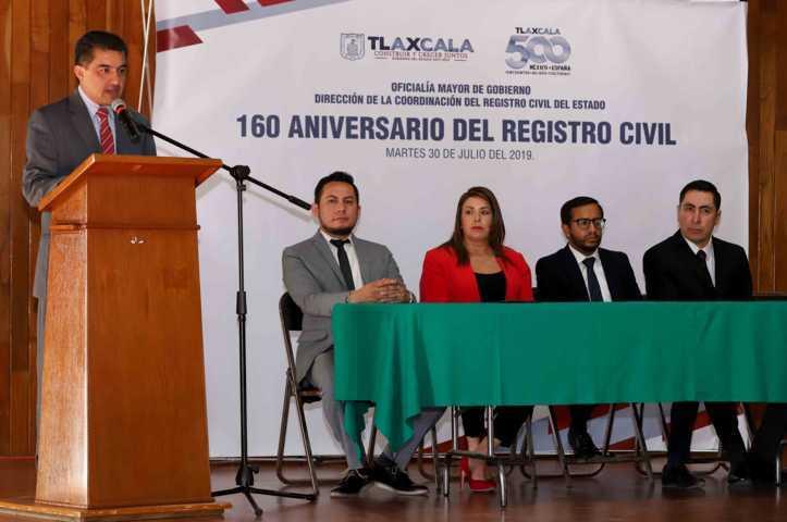 Rinden protesta nuevos oficiales del Registro Civil
