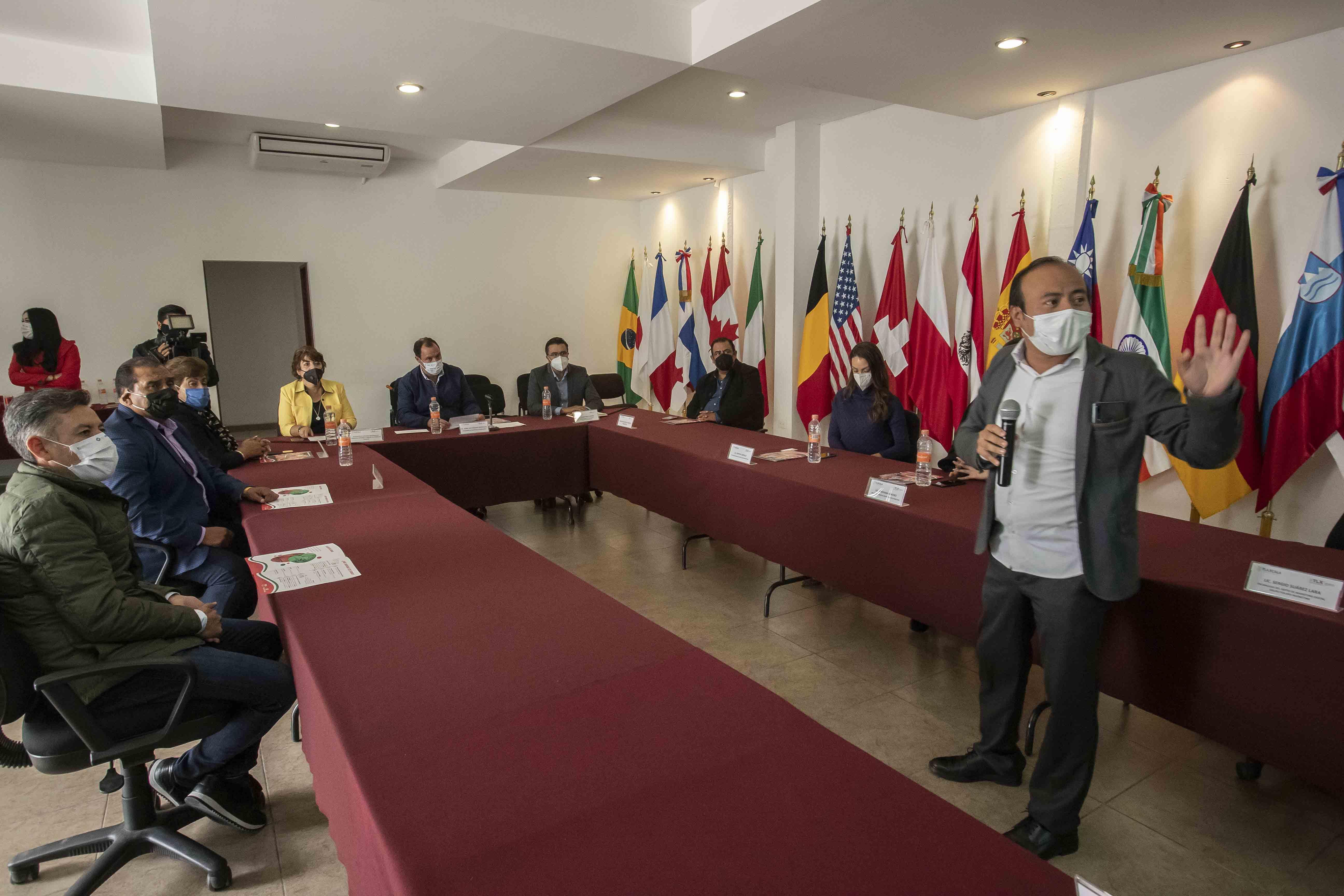 Presenta Sedeco curso sobre marketing digital para Mipymes locales