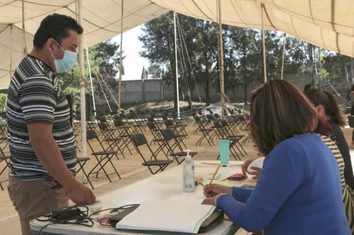 Florentino Domínguez arriesga la salud de sus trabajadores en su pago