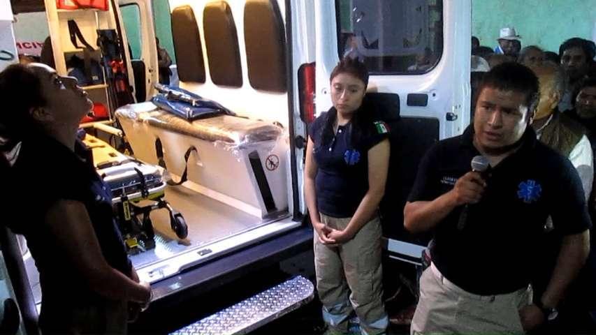 Activo el número 911 y nueva ambulancia en Tetlanohcan