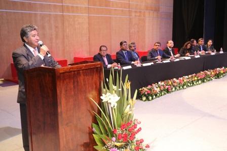 Nuevos licenciados en Trabajo Social y Psicología de la UAT