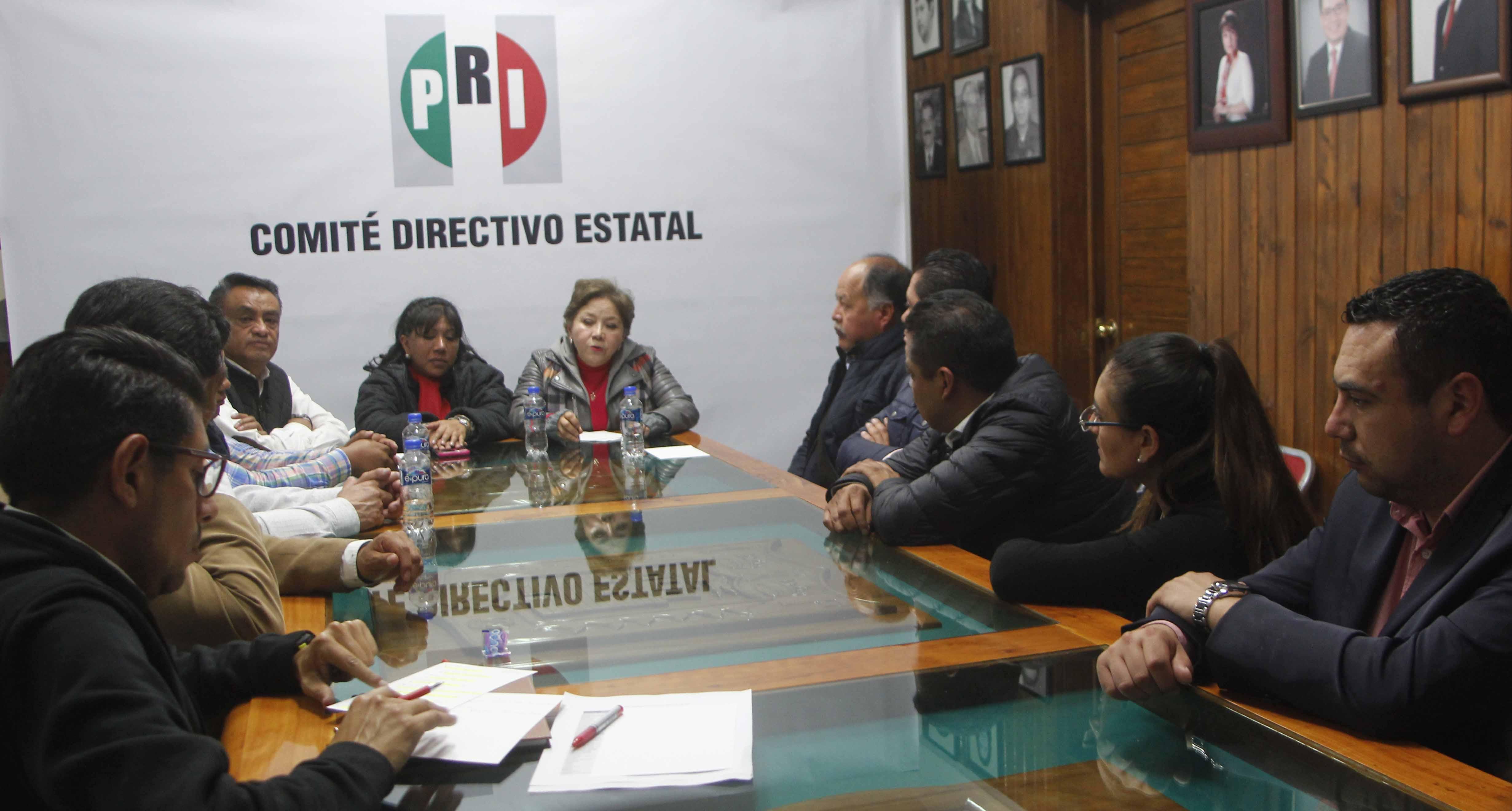 Se reúne el CDE con alcaldes emanados del PRI