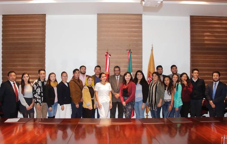 Recibe la UATx a estudiantes de movilidad nacional e internacional