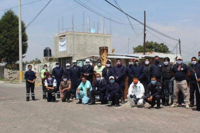 Sanitizan barrios de Santa Cruz Tlaxcala