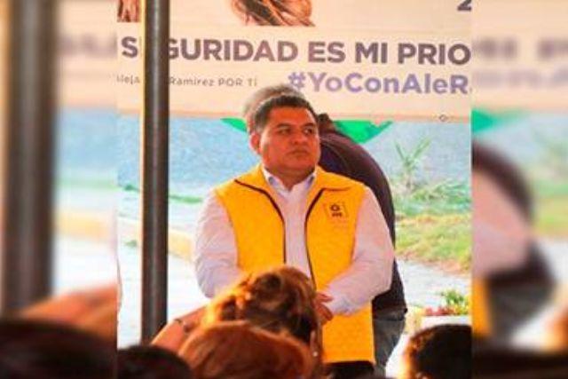 Vehículos propios del alcalde de Apetatitlán tienen un valor de casi 2 mdp