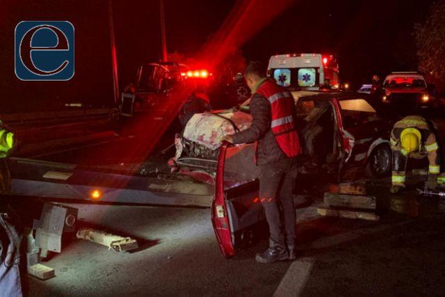 Aparatoso accidente deja dos heridos de gravedad
