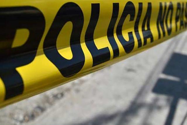 Revienta el crimen en Tlaxco; aparece cadáver encobijado y con impactos de bala