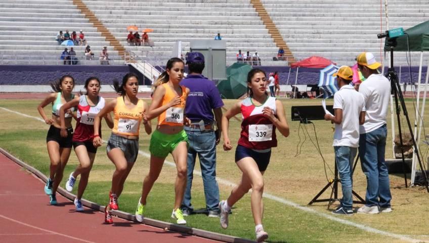 Inicia el atletismo tlaxcalteca participación en regional de olimpiada