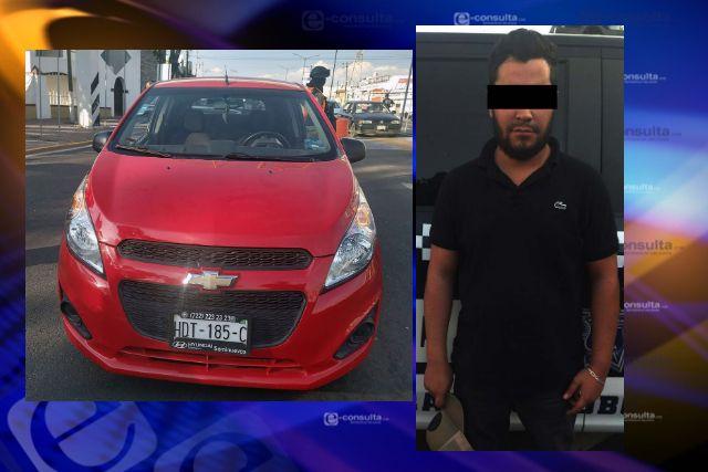 Detienen a sujeto por conducir vehículo robado en SPM