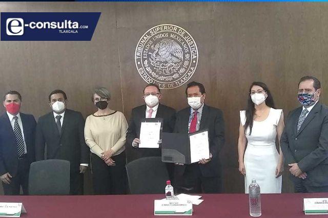 Signan convenio de colaboración la CEDH y el TJA