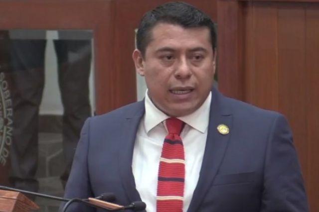 Rubén Terán pide respeto; Bladimir le contesta que no están en la escuelita