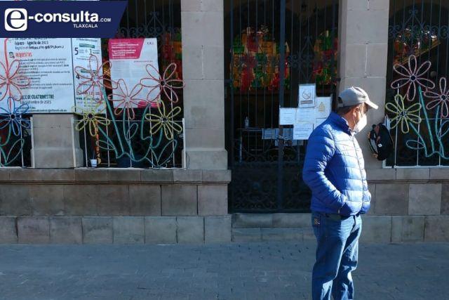 Conflicto en Tlaxco sigue; policías se mantienen en paro