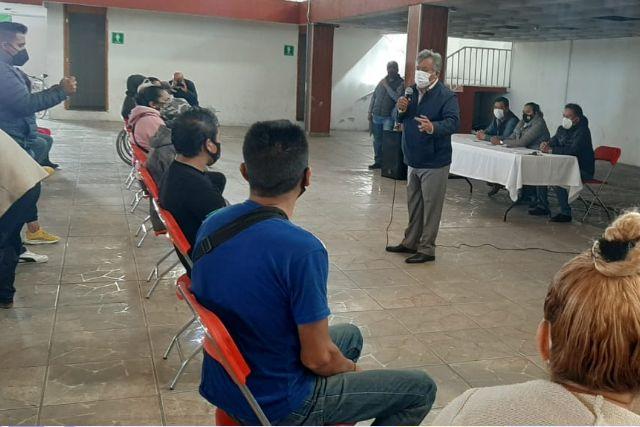 Familias de Ixtacuixtla reciben vales para mejora de vivienda