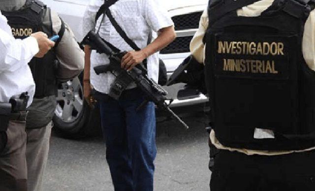 Asaltan 'falsos policías' a transportista en Huamantla