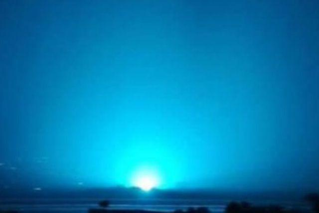 Aparece una misteriosa Luz Azul en el cielo de Guanajuato, se vuelve viral en redes