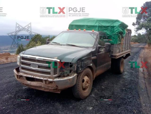 Asegura PGJE dos vehículos con reporte de robo