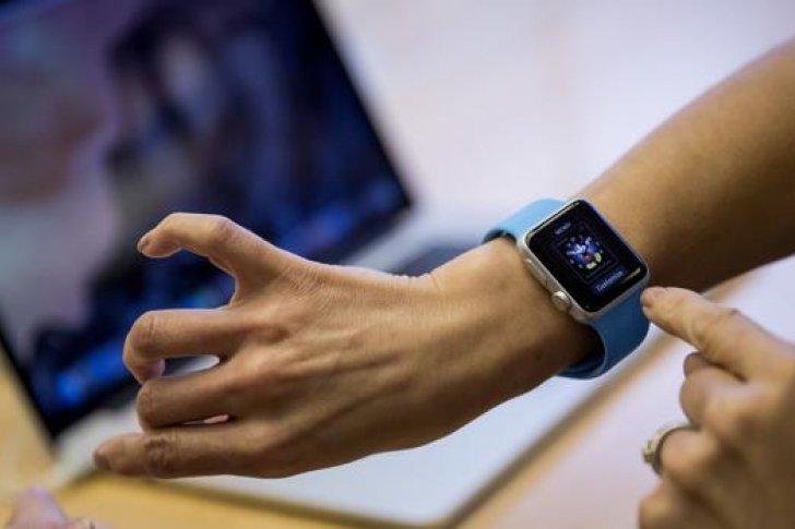 ¡Increíble! ¿Transmitir información a través de un apretón de manos?