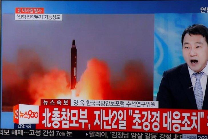 Pyongyang agudiza la tensión regional al disparar cuatro misiles hacia Japón