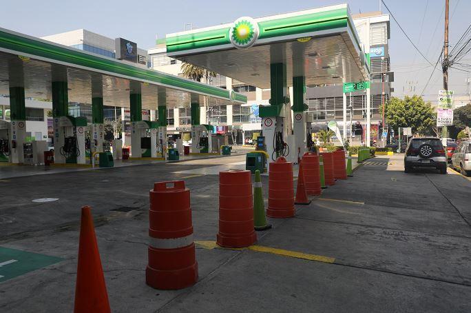 Sufren desabasto de combustible  gasolineras no propias de Pemex