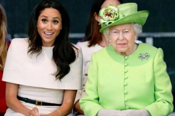 Meghan Markle envía por compromiso a la Reina Isabel un frío mensaje de felicitación
