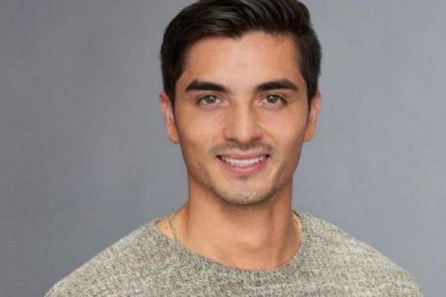 Ex-novio de Frida Sofía lo acusan de mantenido