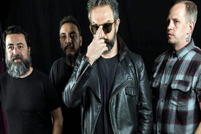 Molotov demanda a candidato de Morena por usar su canción como Jingle