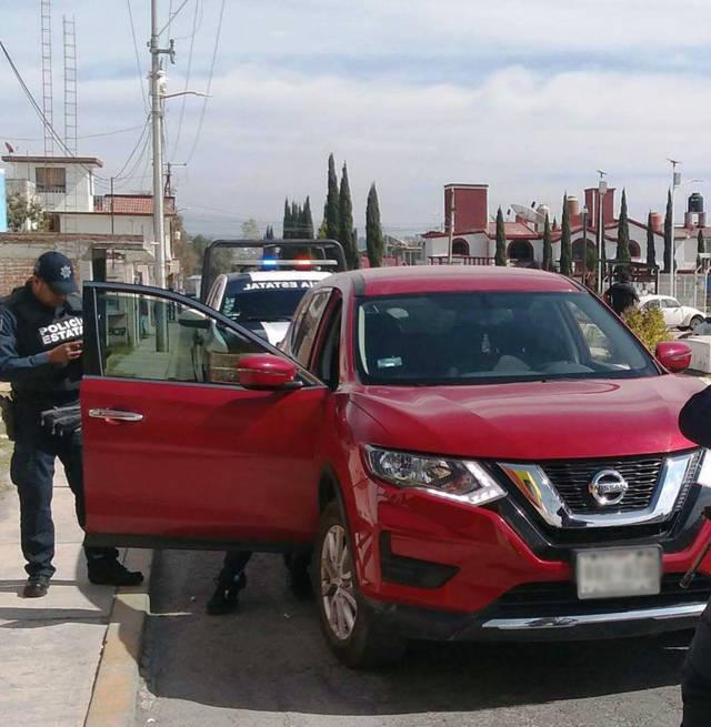 La CES asegura en Apizaco, en dos acciones diferentes, a dos personas con vehículo robado