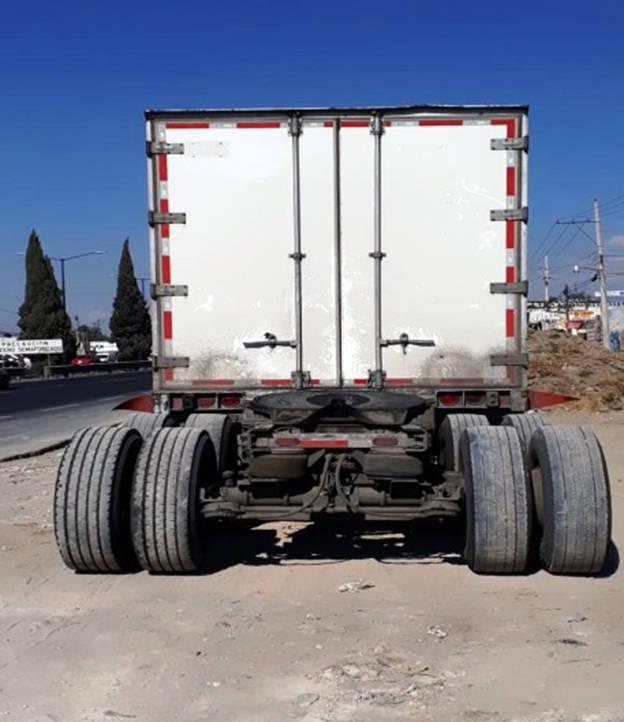 La CES recupera cuatro vehículos robados y semirremolque